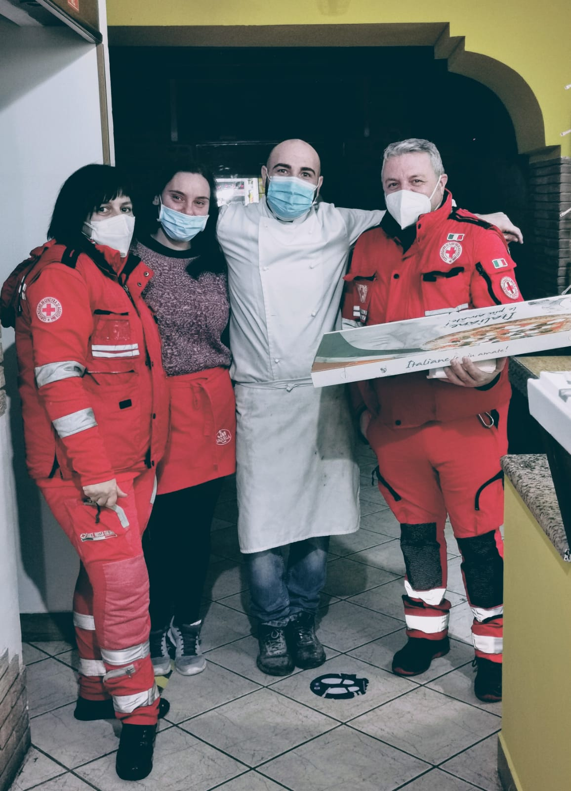 Cillo pizzeria e friggitoria dona pasti alla CRI di Benevento
